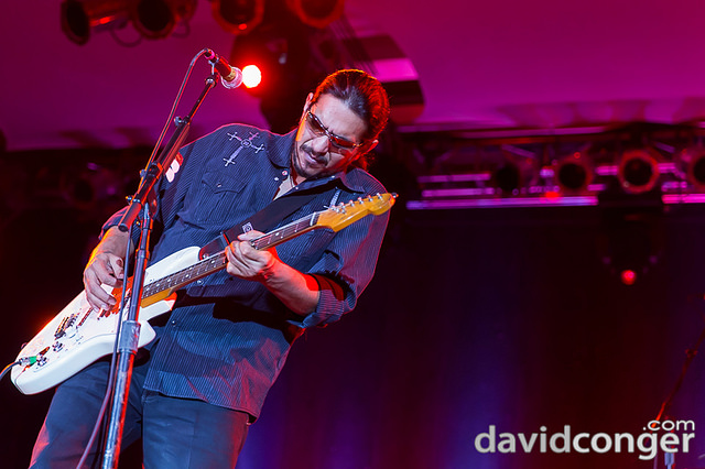 Los lonely boys winstar casino nooksack casino northwood