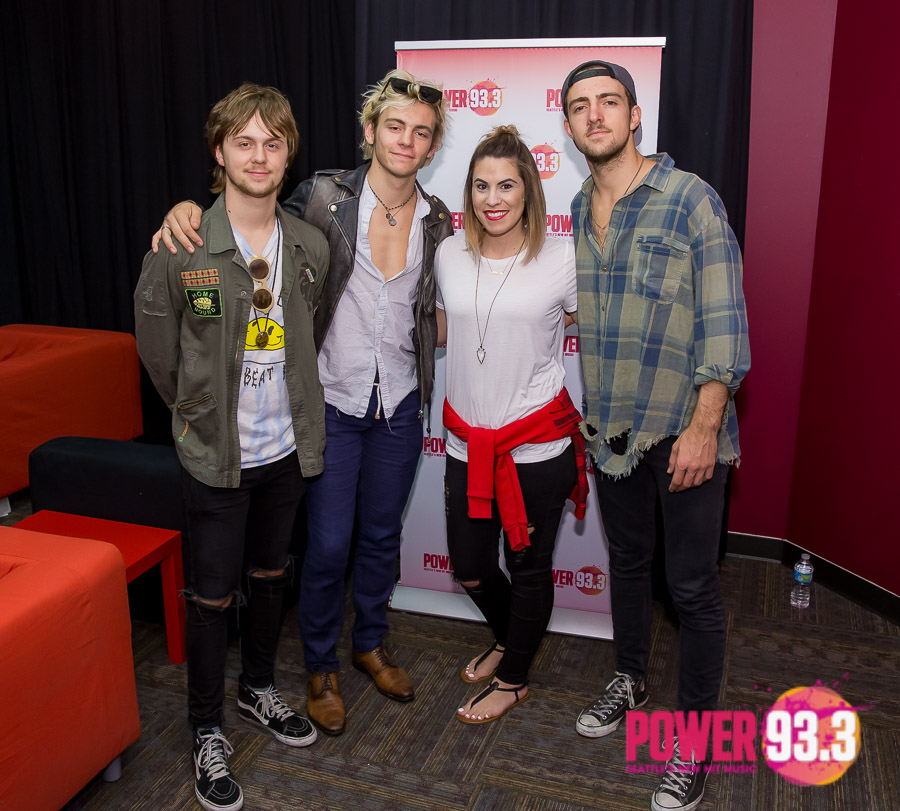 Meet and greet with r5 at power 933 davidconger back to gallery m4hsunfo